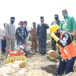 Diawali Peletakan Batu Pertama Pembangunan Kantor Camat Trumon Tengah, Segera Dimulai