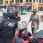 PLN Tapaktuan Bersama Mri Aceh Selatan Bagi Masker Dalam Rangka Harkes