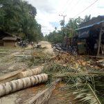 Warga Desa Seumanah Jaya Blokir Total Jalan Lintas Kampung Besar-Gayo Lues