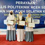 Siswi SMAN Unggul Aceh Selatan Juara LKTIP Poltas