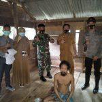 Camat Ranto Peureulak kunjungi Dua Warganya Yang Sakit Jiwa
