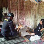 Brimob Aceh Bagikan Sembako Bagi Warga Tidak Mampu dan Lansia Di Aceh Selatan