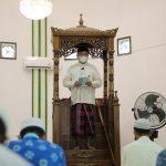 Gubernur Erzaldi Menjadi Khotbah Jumat di Masjid Al-Ikhlas Komplek Kompi Senapan B Kabupaten Bangka