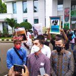Keluarga Rajid Patiran Desak Pengadilan Negeri Jakarta Timur Berikan Hukuman Tegas Pada Roland dan Kelvin